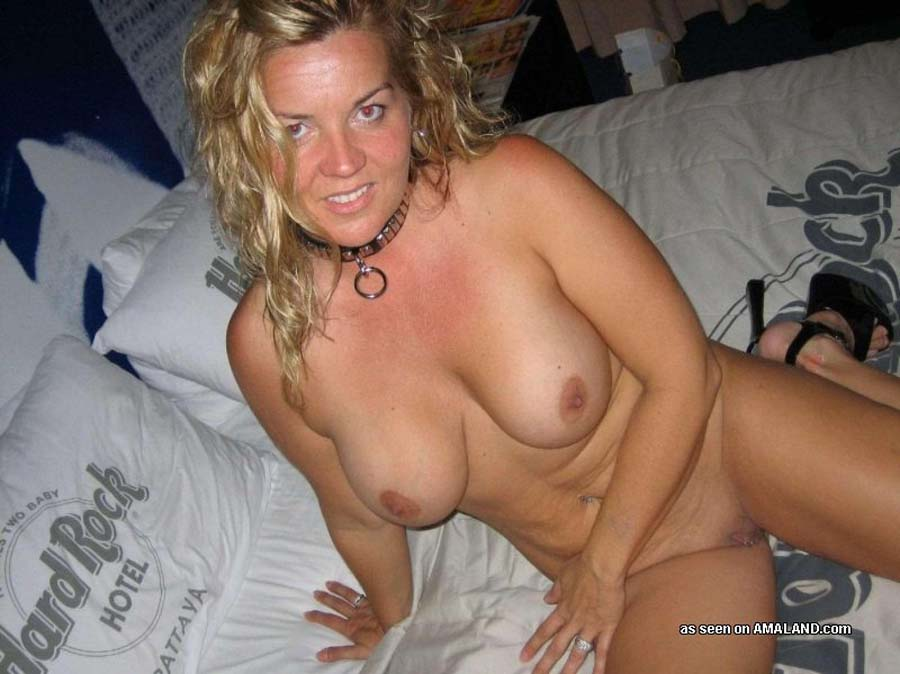 Amateur Cougar Hotel Room
